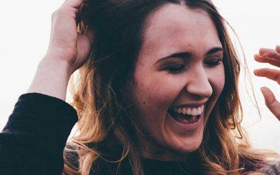 Cómo sentirse bien y mantener una actitud positiva para ser feliz