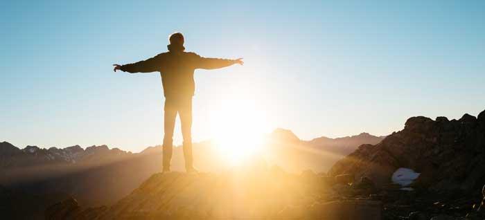 Cómo pensar positivo y desarrollar una nueva actitud más optimista y feliz