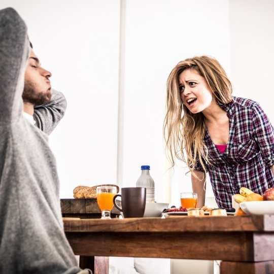 Características de una relación tóxica - Angie Ramos